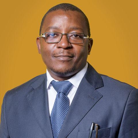 Tony Manogo Ngase,
